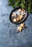 圣诞节星形状糖屑曲奇饼 图库摄影
