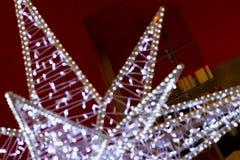 圣诞节星装饰,与bokeh的被弄脏的背景片断特写镜头  库存照片