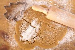 圣诞节曲奇饼姜饼结构树 免版税库存照片