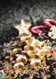圣诞节曲奇饼星形结构树 免版税库存照片