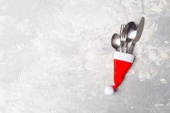 圣诞节服务概念 庆祝餐位餐具 免版税图库摄影