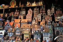 圣诞节村庄供营商在圣诞节市场上 图库摄影