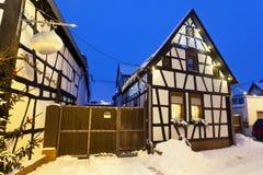 圣诞节村庄在晚上,德国 免版税库存照片