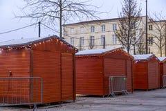 圣诞节村庄的对准线,背面图 免版税库存图片