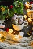 圣诞节杯子热的咖啡 库存图片