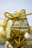 圣诞节标志和树装饰例如箱子礼物 库存图片