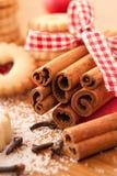 圣诞节桂香曲奇饼棍子 库存图片