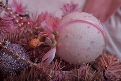 圣诞节桃红色结构树 免版税库存图片