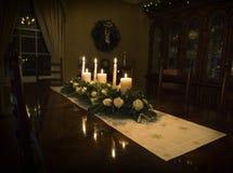 圣诞节桌植物布置 免版税库存图片