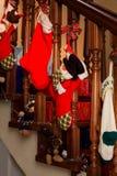 圣诞节楼梯装饰和礼物 库存图片