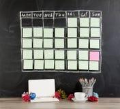 圣诞节概念:栅格与装饰的时间表日程表在bl 图库摄影