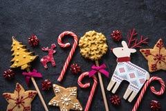 圣诞节欢乐甜点食物背景 免版税库存照片
