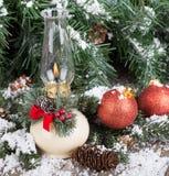 圣诞节油灯 免版税库存图片