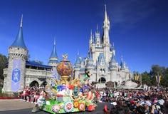 圣诞节游行在不可思议的王国,奥兰多,佛罗里达 库存图片