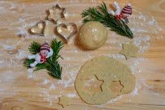 圣诞节烘烤背景 烹调的圣诞节b成份 免版税库存照片