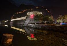 圣诞节照明和装饰在老镇科托尔 免版税库存照片