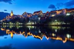 圣诞节照明设备在Frohnleiten,施蒂里亚 免版税库存照片