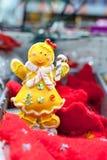 圣诞节玩具姜人在超级市场 图库摄影