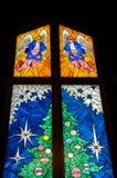圣诞节玻璃被弄脏的结构树 免版税库存照片