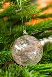 圣诞节玻璃装饰品结构树 库存图片