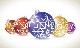 圣诞节球五颜六色的谎言为圣诞树装饰设置了 库存例证