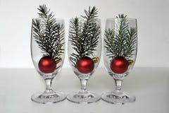 圣诞节球和云杉的分支 库存图片