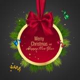 圣诞节球,假日圆的框架 与红色丝带的新年快乐的横幅和弓 免版税库存照片