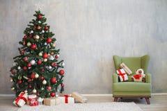 圣诞节的圣诞节装饰与礼物 免版税库存图片