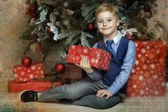 圣诞节的愉快的男孩 图库摄影