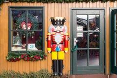 圣诞节的木商店公平在杜伊斯堡,德国 库存图片