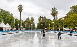 圣诞节的滑冰场公平地在塞维利亚,西班牙 库存照片