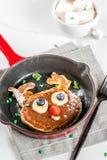 圣诞节的滑稽的薄煎饼 图库摄影
