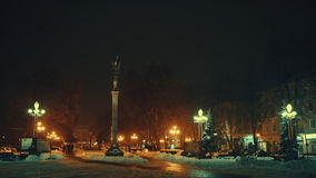 圣诞节的街市捷尔诺波尔在晚上 股票视频