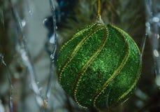 圣诞节的闪亮金属片 免版税库存图片