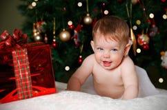 圣诞节的滑稽的婴孩 免版税库存图片