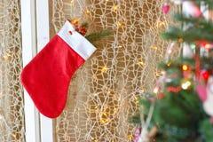 圣诞节礼品例证红色袜子向量白色 免版税库存图片