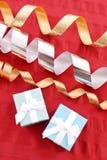 圣诞节礼品包装材料 图库摄影