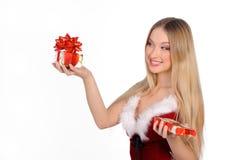 圣诞节礼品女孩 免版税库存照片