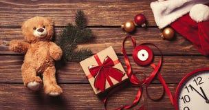 圣诞节礼物准备好包装 免版税库存图片