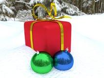 圣诞节礼物和圣诞节装饰 免版税库存照片