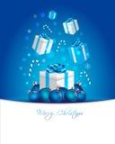 圣诞节礼物和球 免版税库存图片