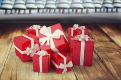 圣诞节礼物的综合图象 免版税库存照片