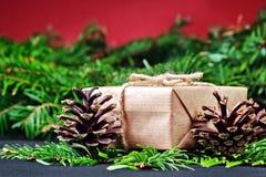 圣诞节礼物盒和装饰 图库摄影