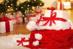 圣诞节礼物盒在晚上 库存照片