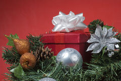 圣诞节礼物红色结构树 库存图片