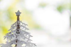 圣诞节纸雪花结构树 免版税库存照片