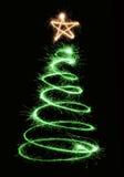 圣诞节绿色闪烁发光物结构树 库存照片