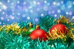 圣诞节背景球 免版税库存照片