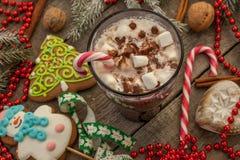 圣诞节背景,构成 云杉的分支,姜饼 库存图片
