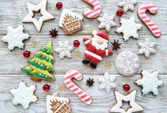 圣诞节自创姜饼曲奇饼 免版税图库摄影